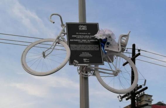 LIBER-ACOSOS bici