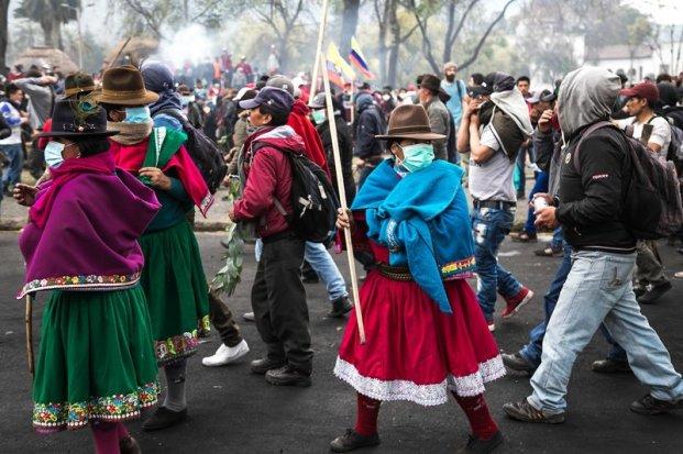 rsz_ecuador-manifestacion