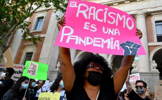 rsz_sinia-floyd-racismo