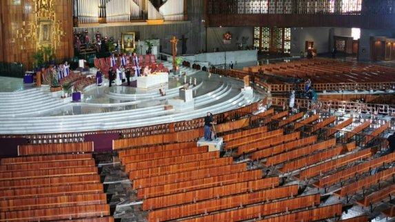 OLVERA-Iglesia-misa digital-Basilica