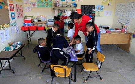 LÍDERES PARA LA EDUCACIÓN COMUNITARIA